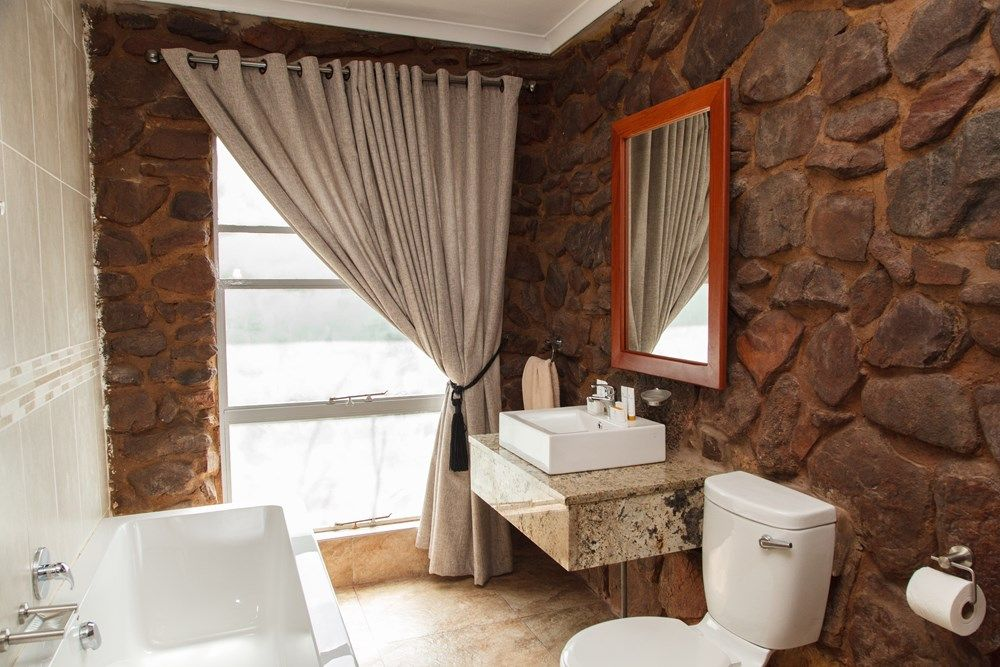 Accommodation at Leopard's Trail, A Forever Retreat